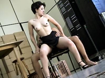 Latina Ariane Bounces On a Cock